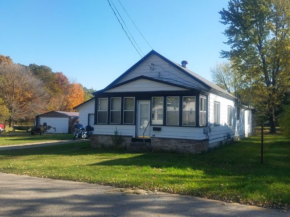 2 bed 1 bath Single Family at 109 Washington St Redgranite, WI, 54970 is for sale at 43k - 1 of 5