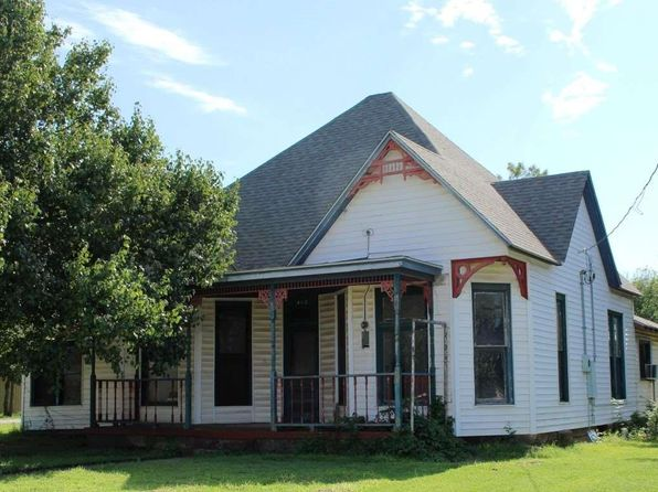3 bed 1 bath Single Family at 413 S Archer St Henrietta, TX, 76365 is for sale at 30k - 1 of 24