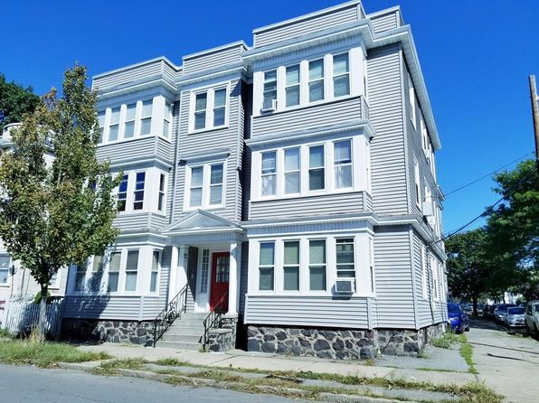 2 bed 1 bath Condo at 121 JOHNSON ST LYNN, MA, 01902 is for sale at 185k - 1 of 10