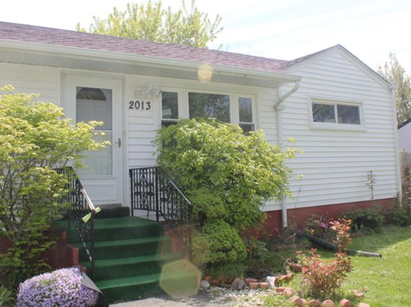 3 bed 2 bath Single Family at 2013 N McAree Rd Waukegan, IL, 60087 is for sale at 143k - 1 of 9
