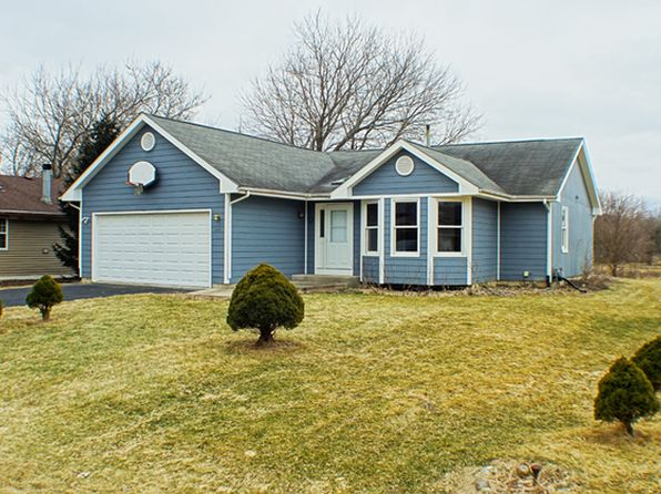 3 bed 1 bath Single Family at 122 Columbia St NW Poplar Grove, IL, 61065 is for sale at 85k - 1 of 18
