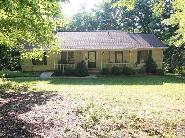 4 bed 3 bath Single Family at 104 Tree Swallow Dr Vinton, VA, 24179 is for sale at 190k - 1 of 35