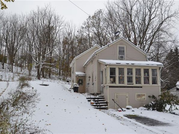 3 bed 2 bath Single Family at 134 Elm St Clyde, NY, 14433 is for sale at 39k - google static map