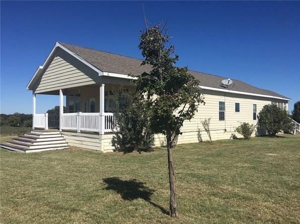 3 bed 2 bath Mobile / Manufactured at 149 County Road 323 Comanche, TX, 76442 is for sale at 159k - 1 of 23