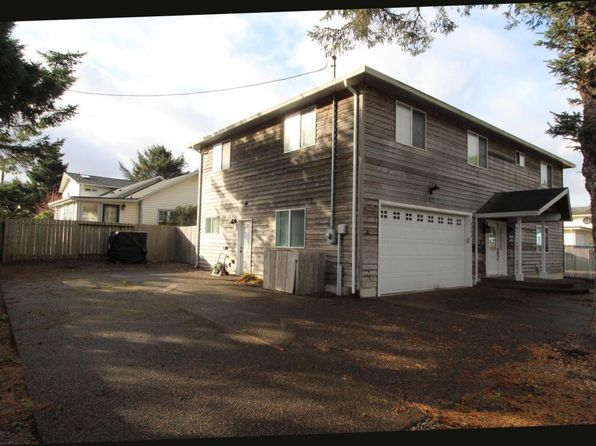 4 bed 3.5 bath Single Family at 2054 NW 51ST ST LINCOLN CITY, OR, 97367 is for sale at 400k - 1 of 28