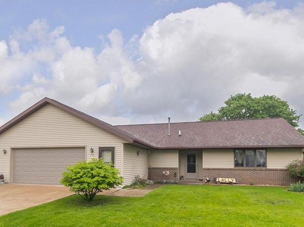 2 bed 2 bath Single Family at 203 1st Ave Bagley, IA, 50026 is for sale at 123k - 1 of 15