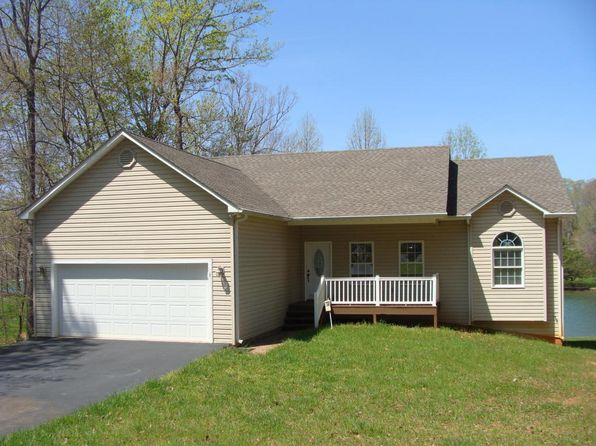 3 bed 3 bath Single Family at 1811 Cutlass Rd Moneta, VA, 24121 is for sale at 475k - 1 of 33
