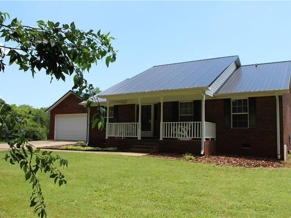 3 bed 3 bath Single Family at 588 New Jersey Church Rd Lexington, NC, 27292 is for sale at 234k - 1 of 30