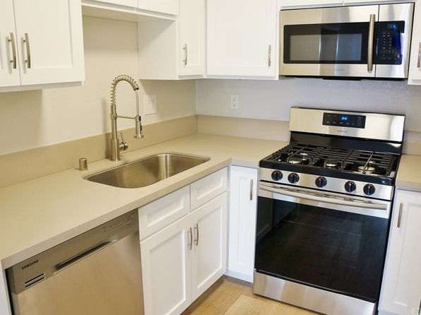 2 bed 2 bath Condo at 1000 E Bishop St Santa Ana, CA, 92701 is for sale at 279k - 1 of 26