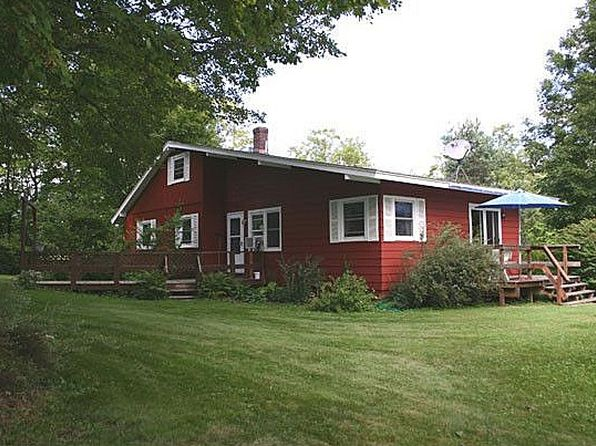 4 bed 1 bath Single Family at 60 Barlow Rd Springfield, VT, 05156 is for sale at 169k - 1 of 26
