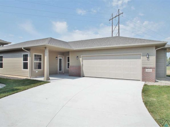 2 bed 2 bath Single Family at 1601 S Foss Ave Sioux Falls, SD, 57110 is for sale at 210k - 1 of 24