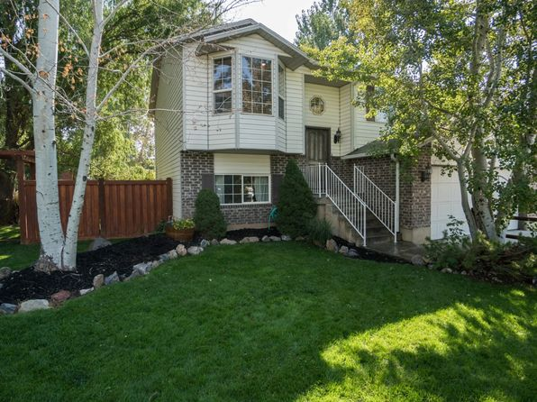 4 bed 2 bath Single Family at 104 N 2700 W Provo, UT, 84601 is for sale at 255k - 1 of 32