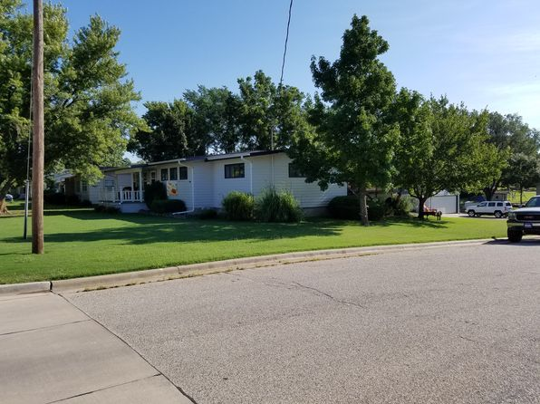 3 bed 3 bath Single Family at 430 S FREEBORN ST MARION, KS, 66861 is for sale at 110k - 1 of 3