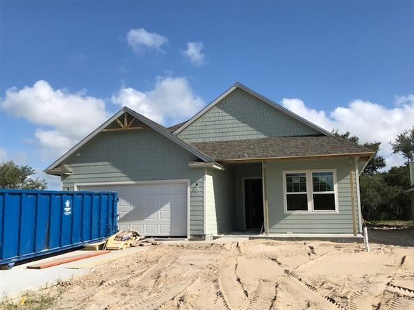 3 bed 2 bath Single Family at 117 Shadow Moss Ln Rockport, TX, 78382 is for sale at 264k - 1 of 2