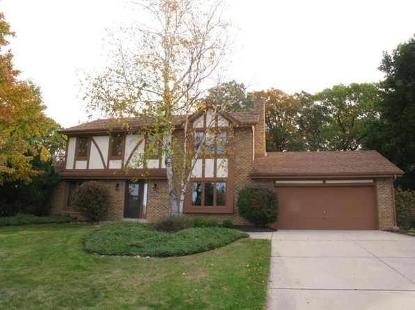 3 bed 3 bath Single Family at 863 Crescent Ln Hartland, WI, 53029 is for sale at 300k - 1 of 24