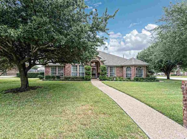 4 bed 3 bath Single Family at 1228 Heatherwood Hewitt, TX, 76643 is for sale at 285k - 1 of 31