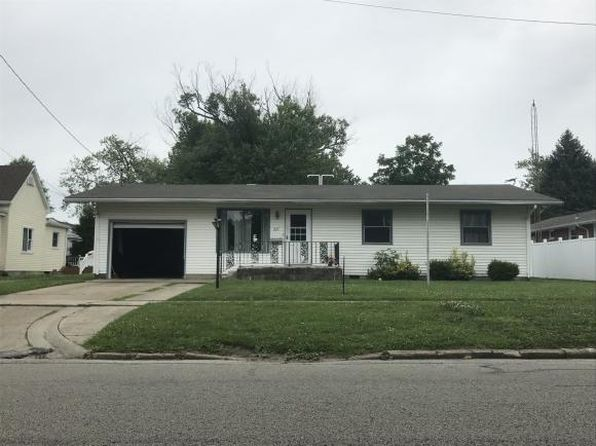 3 bed 1 bath Single Family at 307 N 6th St Marshall, IL, 62441 is for sale at 60k - 1 of 4