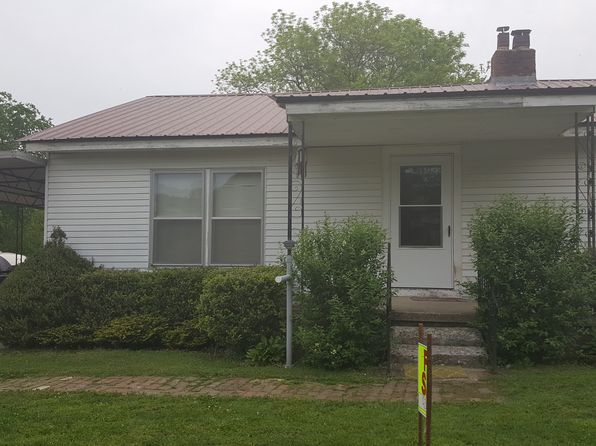 3 bed 1 bath Single Family at 265 Old Temperance Hall Rd Liberty, TN, 37095 is for sale at 113k - 1 of 7