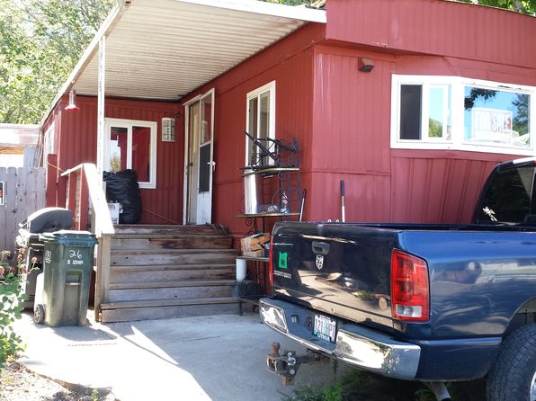 2 bed 1 bath Mobile / Manufactured at 7001 Rogue River Hwy Grants Pass, OR, 97527 is for sale at 30k - 1 of 11