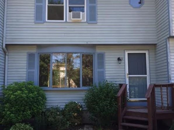 2 bed 2 bath Townhouse at 245 Mayfield Ave Cranston, RI, 02920 is for sale at 172k - 1 of 10