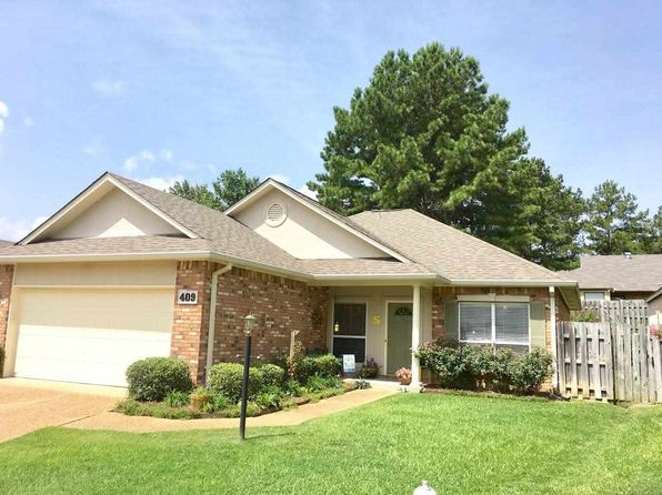 2 bed 2 bath Single Family at 409 Twin Lks N Clinton, MS, 39056 is for sale at 149k - 1 of 9