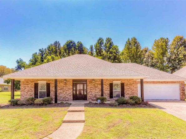 3 bed 2 bath Single Family at 149 Navajo Cir Clinton, MS, 39056 is for sale at 215k - 1 of 41
