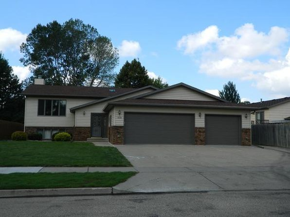 4 bed 3 bath Single Family at 1830 Billings Dr Bismarck, ND, 58504 is for sale at 290k - 1 of 18