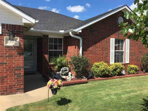 3 bed 2 bath Single Family at 1705 Red Oak Dr Ardmore, OK, 73401 is for sale at 160k - 1 of 26