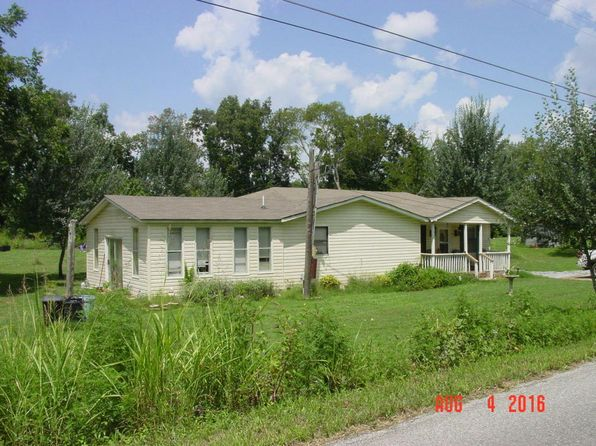 3 bed 3 bath Single Family at 1522 Old Tellico Hwy S Madisonville, TN, 37354 is for sale at 110k - 1 of 24