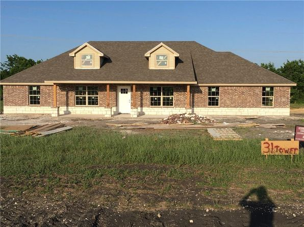 4 bed 2.5 bath Single Family at 4115 Tower Cir Nevada, TX, 75173 is for sale at 260k - 1 of 3