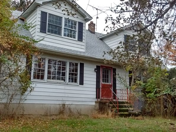 4 bed 2 bath Single Family at 1044 Ridge Rd South Brunswick, NJ, 08528 is for sale at 350k - 1 of 5