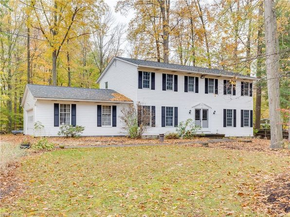 4 bed 3 bath Single Family at 4548 Pineview Dr Copley, OH, 44321 is for sale at 275k - 1 of 24