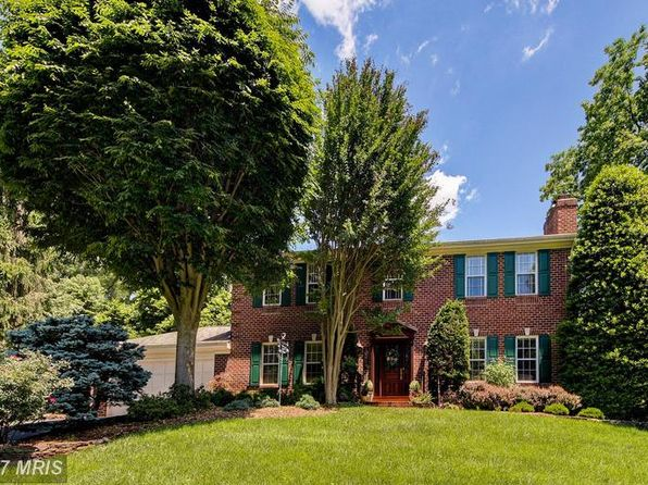 5 bed 3.5 bath Single Family at 10316 Shesue St Great Falls, VA, 22066 is for sale at 975k - 1 of 27