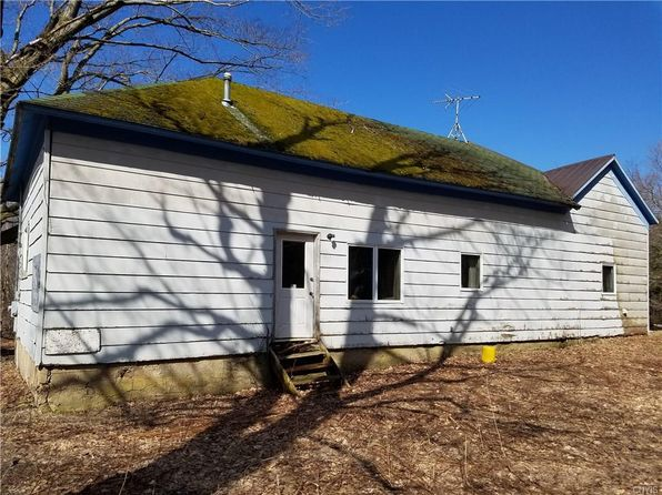 4 bed 2 bath Single Family at 10 Center Rd Lacona, NY, 13083 is for sale at 44k - 1 of 19