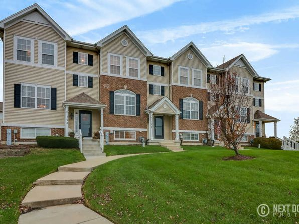 3 bed 3 bath Townhouse at 100 Lakeshore Dr Oswego, IL, 60543 is for sale at 198k - 1 of 36