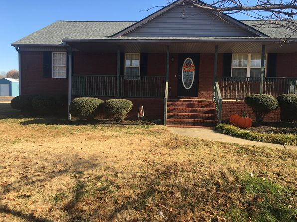 3 bed 2 bath Single Family at 202 Stevens St Union City, TN, 38261 is for sale at 180k - 1 of 19
