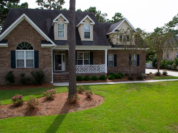 4 bed 3 bath Single Family at 4820 Wedgefield Dr Wilmington, NC, 28409 is for sale at 365k - 1 of 24