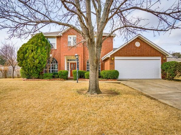 3 bed 3 bath Single Family at 2105 CARRIAGE HL DENTON, TX, 76207 is for sale at 220k - 1 of 31