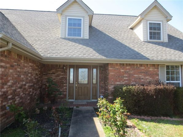 4 bed 4 bath Single Family at 5 Sherwood St Van Buren, AR, 72956 is for sale at 260k - 1 of 30