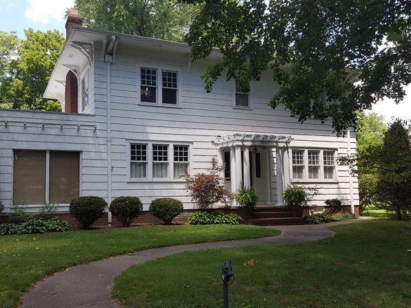 4 bed 4 bath Single Family at 1720 Ashland Ave Saint Joseph, MO, 64506 is for sale at 269k - 1 of 16