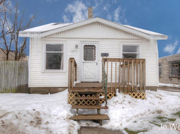 3 bed 1 bath Single Family at 1216 Burton St SW Wyoming, MI, 49509 is for sale at 90k - 1 of 21