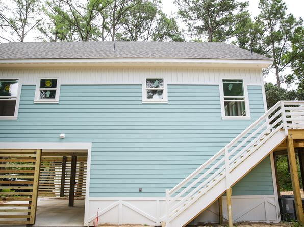 3 bed 3 bath Single Family at 1408 Hill St Kill Devil Hills, NC, 27948 is for sale at 299k - 1 of 9