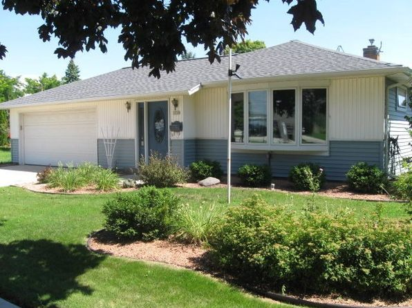 3 bed 2 bath Single Family at 1339 S 26th St Manitowoc, WI, 54220 is for sale at 95k - 1 of 22