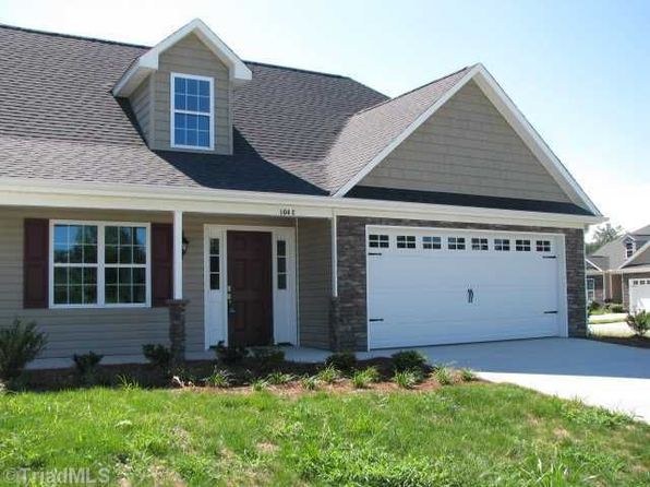 3 bed 2 bath Townhouse at 104 Buffies Run Ln Walnut Cove, NC, 27052 is for sale at 148k - 1 of 2