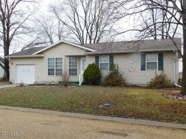 3 bed 1 bath Single Family at 110 Chatham Dr Salem, IL, 62881 is for sale at 62k - 1 of 17