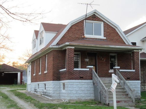 3 bed 2 bath Single Family at 1323 Fairview Ave Joliet, IL, 60432 is for sale at 29k - 1 of 26