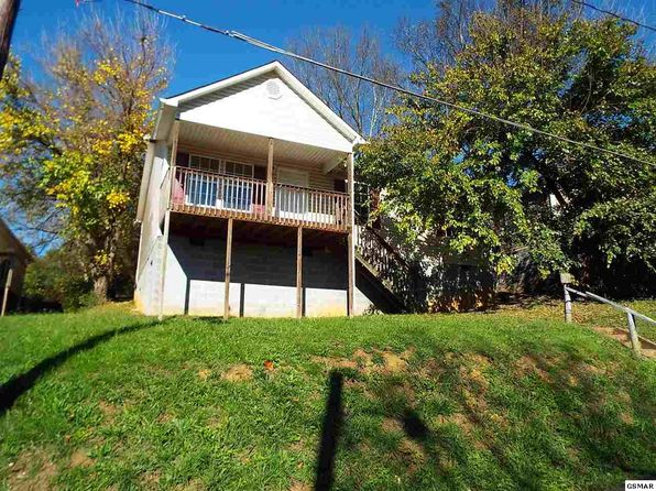 3 bed 2 bath Single Family at 2631 NICHOLS AVE KNOXVILLE, TN, 37917 is for sale at 30k - 1 of 52