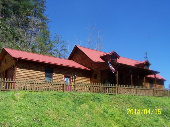 3 bed 2 bath Single Family at 5267 Highway 15 Whitesburg, KY, 41858 is for sale at 210k - 1 of 24