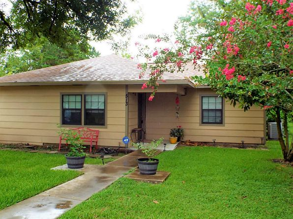 3 bed 1 bath Single Family at 513 Farrer St Angleton, TX, 77515 is for sale at 128k - 1 of 10