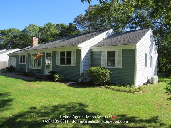 3 bed 2 bath Single Family at 108 Elijah Childs Ln Centerville, MA, 02632 is for sale at 399k - 1 of 16